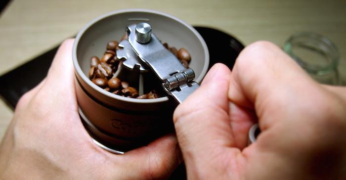 【8優點】父親節禮物推薦 88們都愛「咖啡研磨隨行杯」